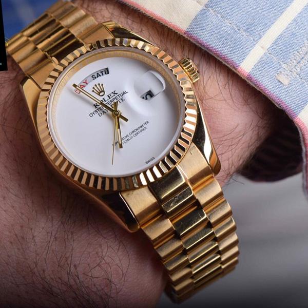 خرید ساعت مچی دی دیت